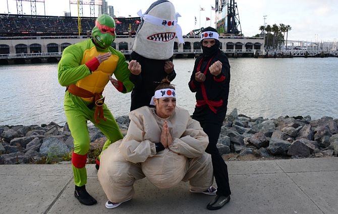 ninjafied-at-mccovey-cove-stand-up-paddleboard-race