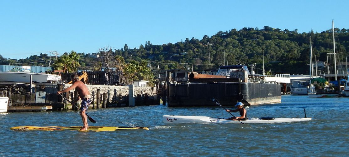 Surfski vs Paddleboard - its on!