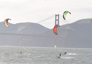 San Francisco Kiteboarding Lessons